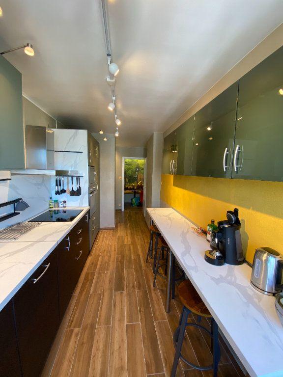 Appartement à louer 1 15m2 à Strasbourg vignette-8
