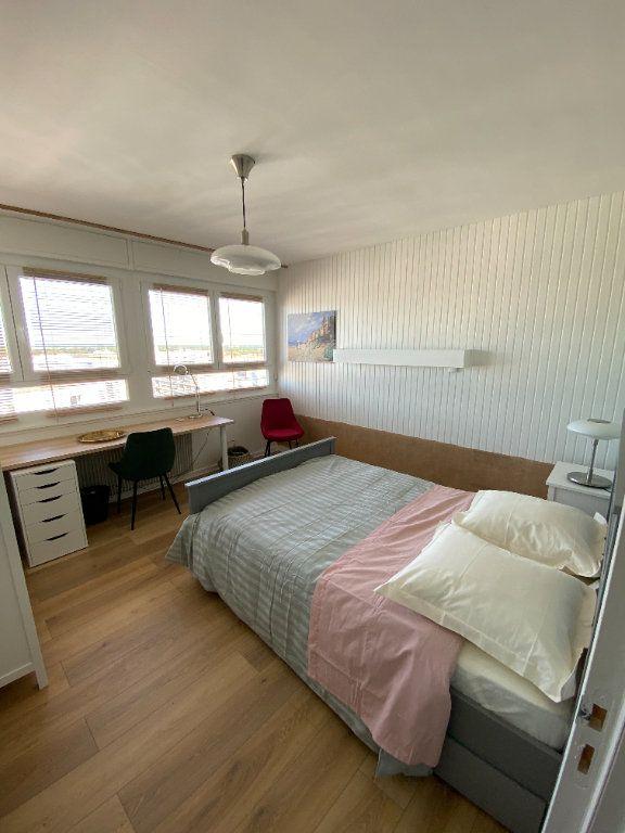 Appartement à louer 1 13m2 à Strasbourg vignette-2