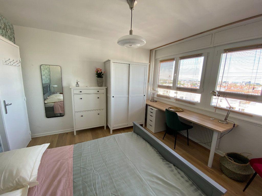 Appartement à louer 1 13m2 à Strasbourg vignette-3