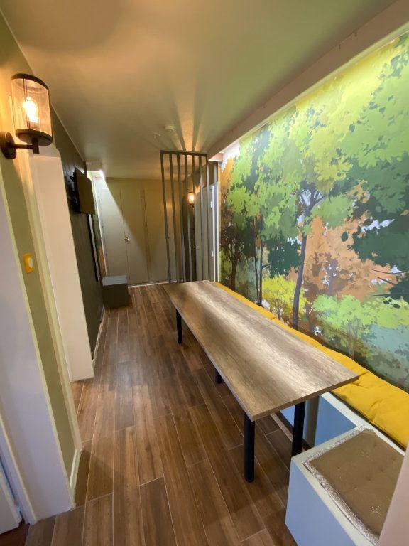 Appartement à louer 1 13m2 à Strasbourg vignette-7