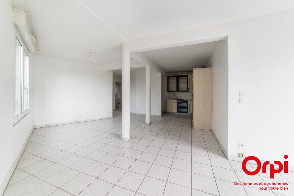 Appartement à vendre 2 60.13m2 à Strasbourg vignette-4