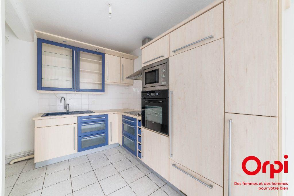 Appartement à vendre 2 60.13m2 à Strasbourg vignette-5