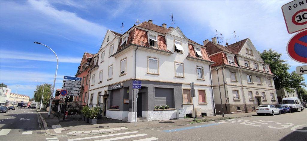 Appartement à louer 3 60.69m2 à Strasbourg vignette-1