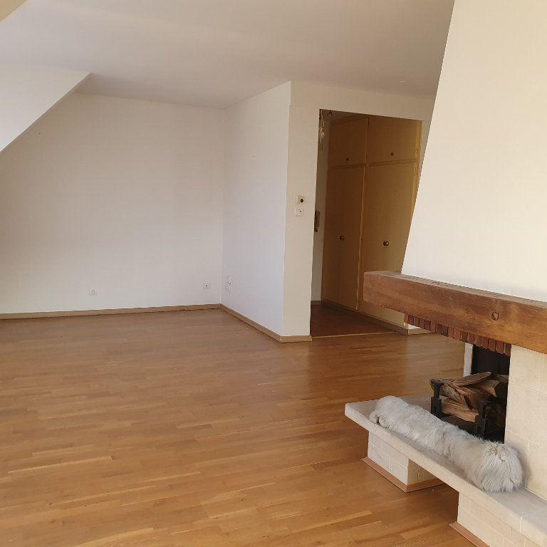 Appartement à louer 4 80.6m2 à Strasbourg vignette-3