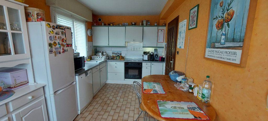 Appartement à louer 3 72m2 à Strasbourg vignette-3