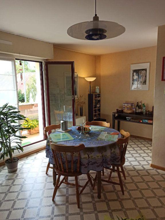 Appartement à louer 3 72m2 à Strasbourg vignette-5
