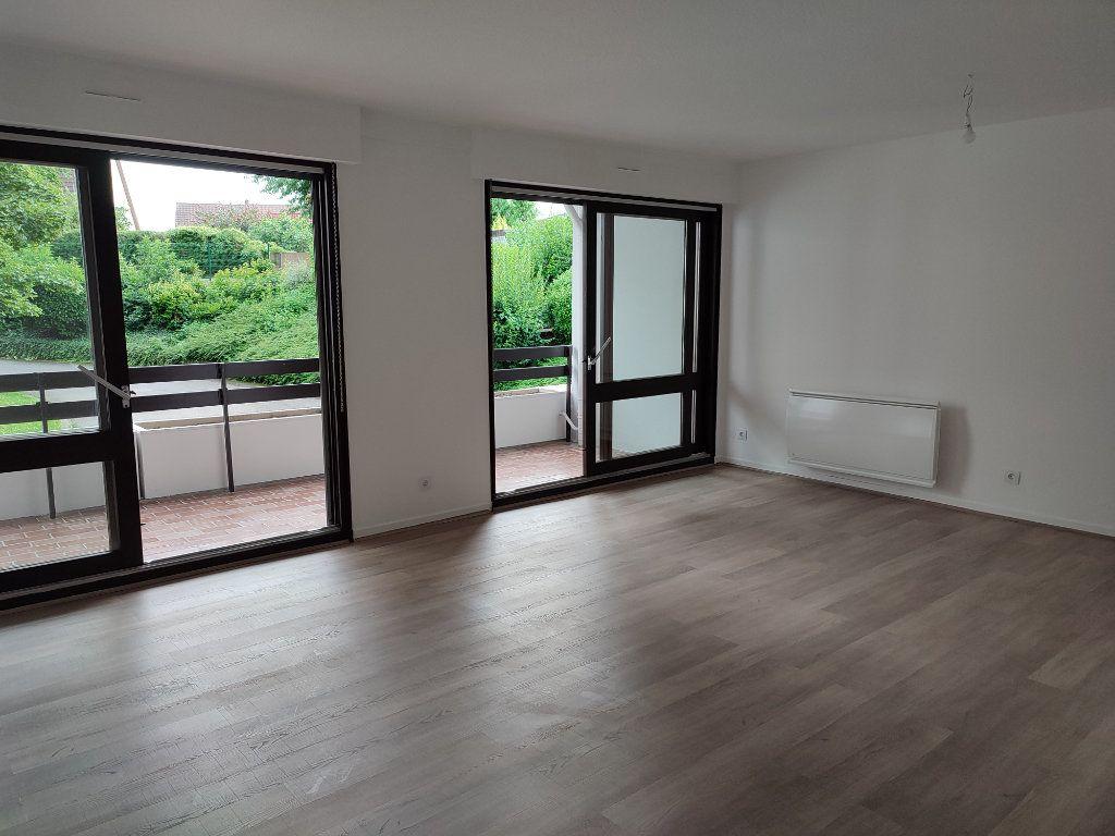 Appartement à louer 5 98.2m2 à Souffelweyersheim vignette-1