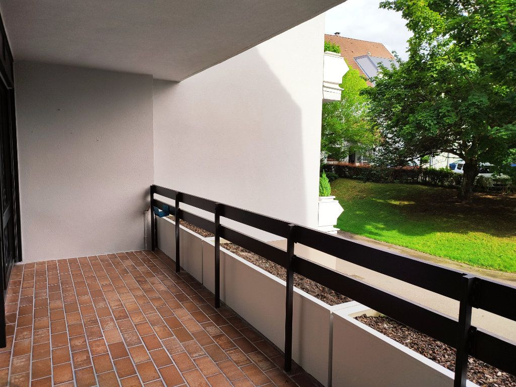 Appartement à louer 5 98.2m2 à Souffelweyersheim vignette-2