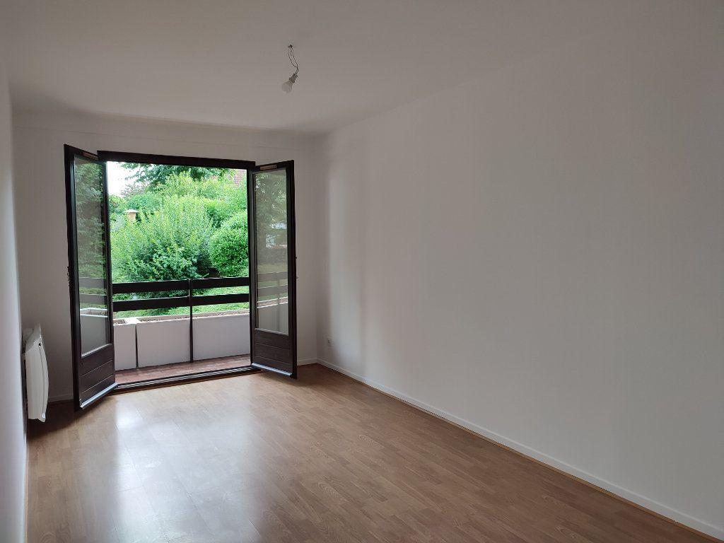 Appartement à louer 5 98.2m2 à Souffelweyersheim vignette-3