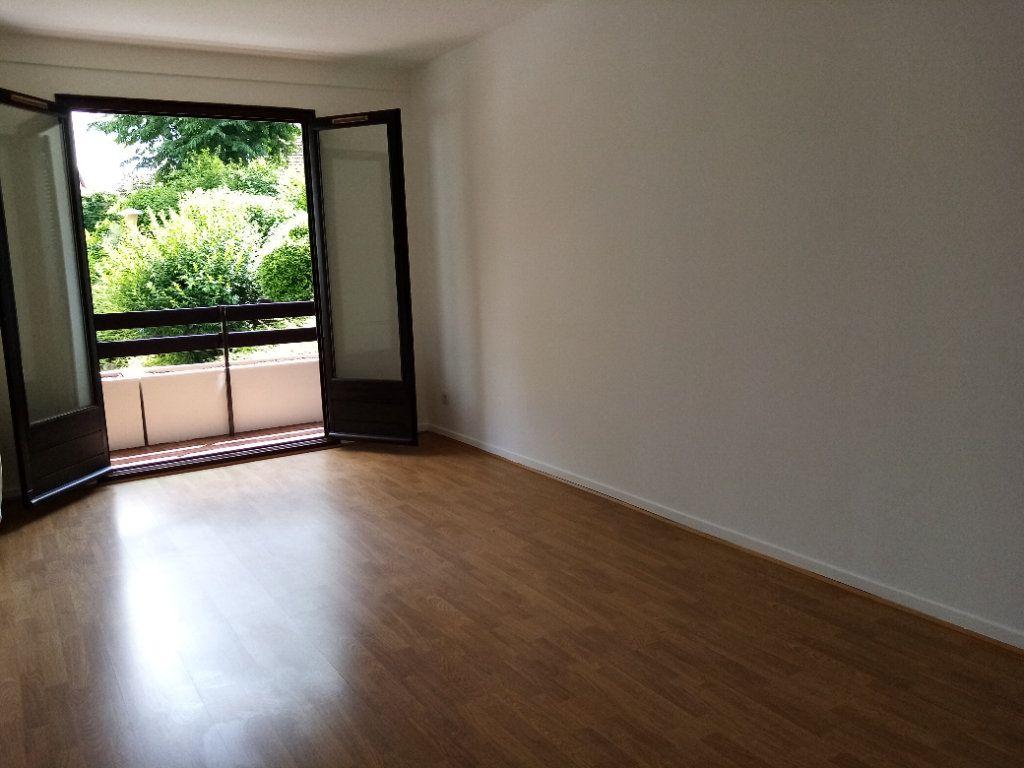 Appartement à louer 5 98.2m2 à Souffelweyersheim vignette-6