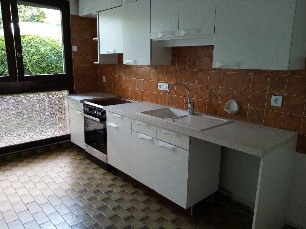 Appartement à louer 5 98.2m2 à Souffelweyersheim vignette-11