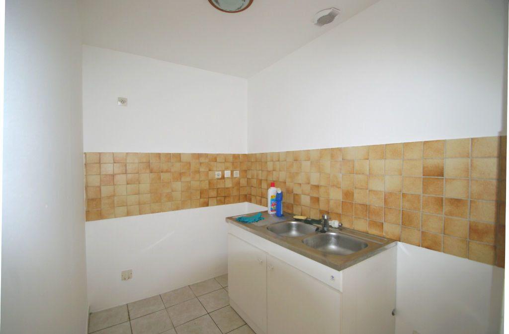 Appartement à louer 2 39m2 à Colroy-la-Roche vignette-2
