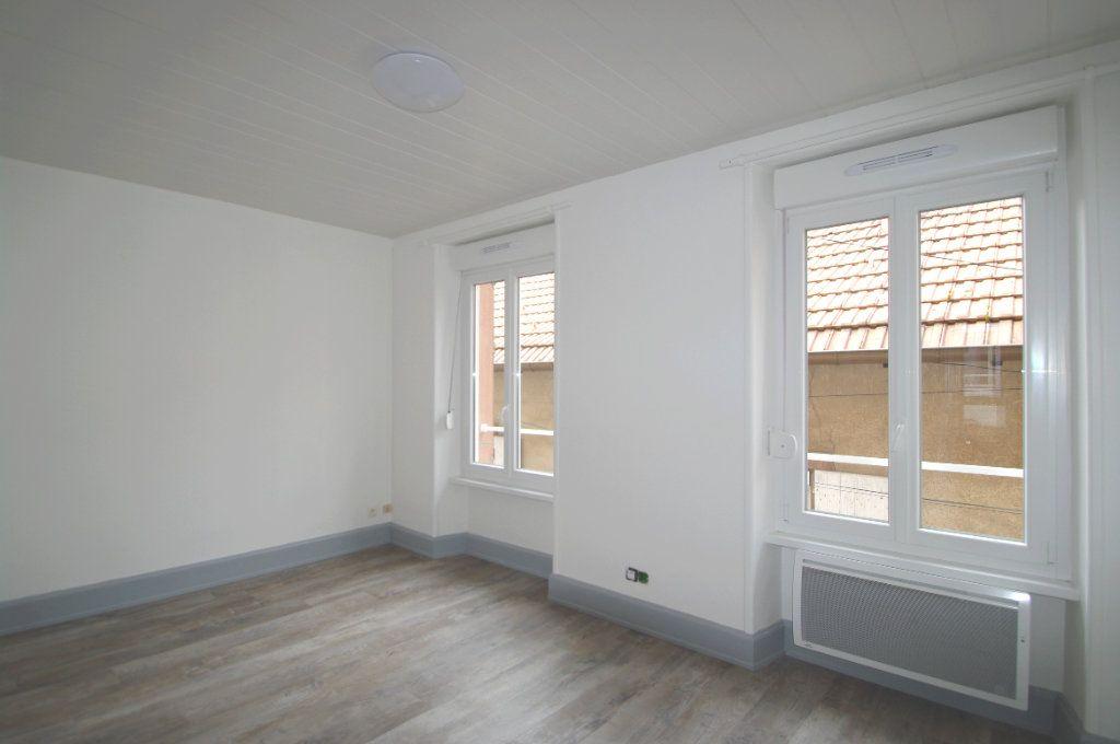 Appartement à louer 2 42.31m2 à Senones vignette-3