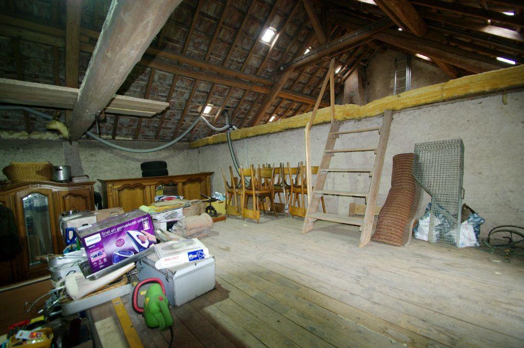 Maison à vendre 3 100m2 à Colroy-la-Grande vignette-9