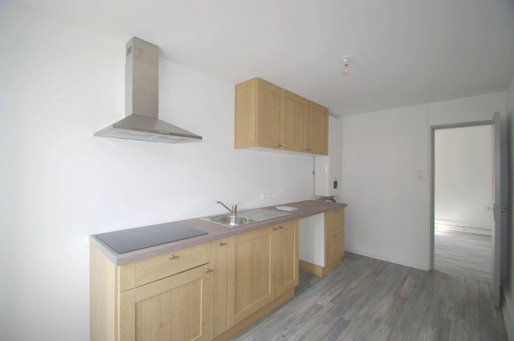 Appartement à louer 3 68m2 à La Broque vignette-1