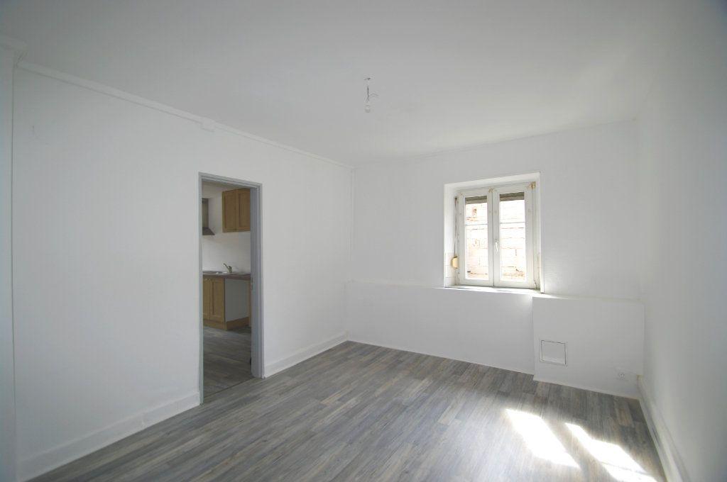 Appartement à louer 3 68m2 à La Broque vignette-2