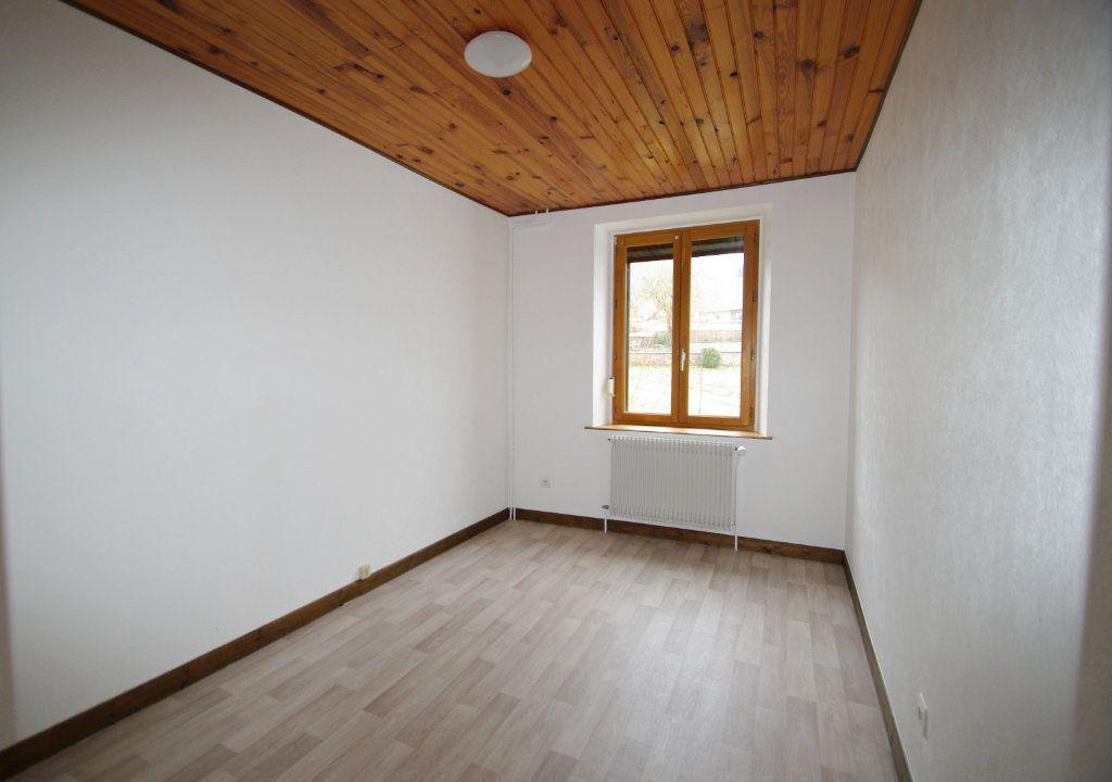 Appartement à louer 3 52m2 à Saales vignette-3