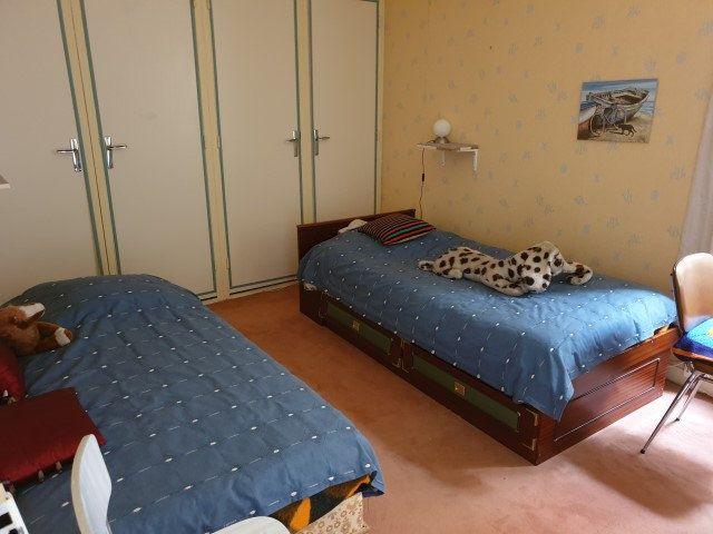 Appartement à vendre 7 136m2 à Perros-Guirec vignette-7