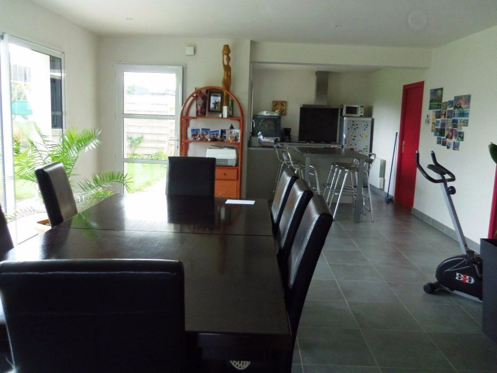 Maison à vendre 4 130m2 à Lannion vignette-4