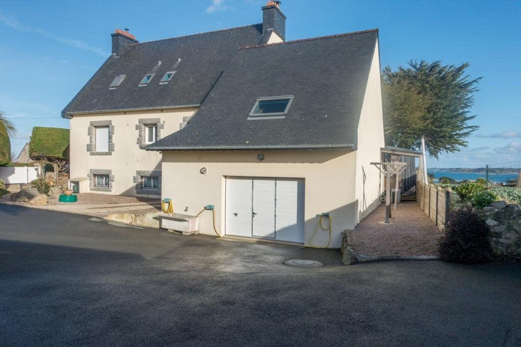 Maison à vendre 8 263m2 à Plougrescant vignette-5
