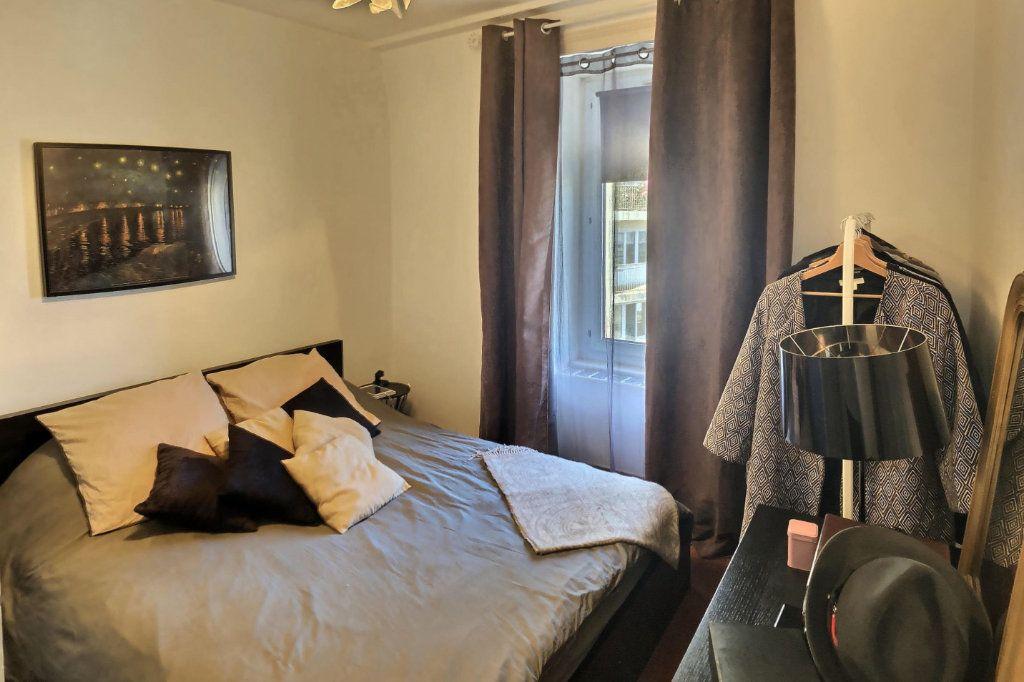 Appartement à vendre 3 56.95m2 à Perros-Guirec vignette-5