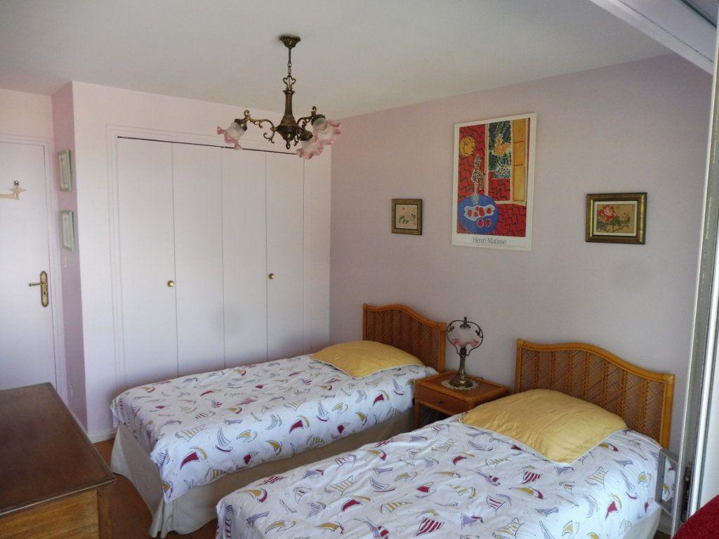Appartement à vendre 3 79.93m2 à Perros-Guirec vignette-4