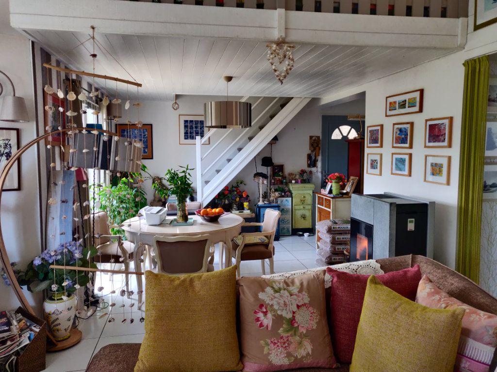 Maison à vendre 4 95m2 à Pleumeur-Bodou vignette-3