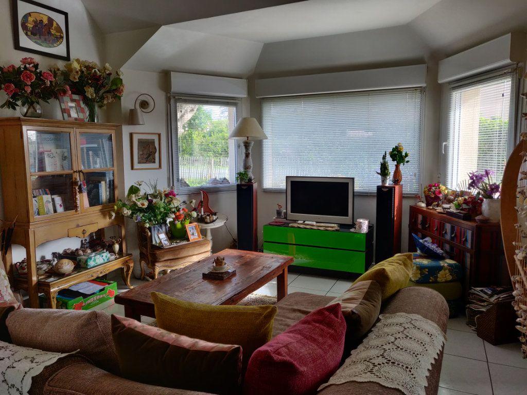 Maison à vendre 4 95m2 à Pleumeur-Bodou vignette-4
