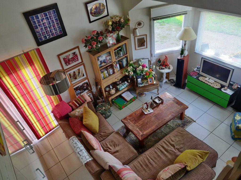 Maison à vendre 4 95m2 à Pleumeur-Bodou vignette-6