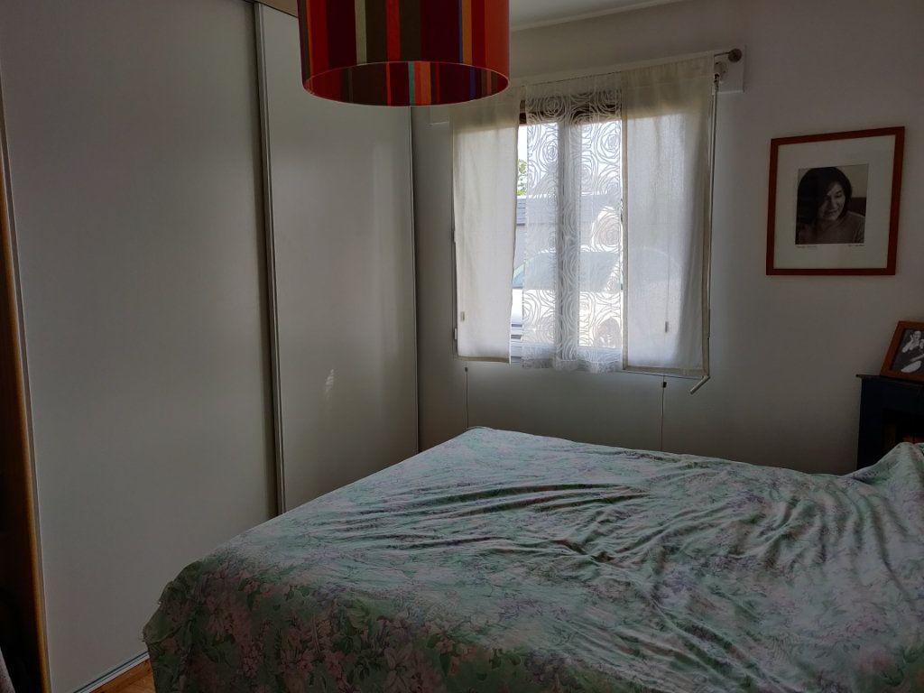 Maison à vendre 4 95m2 à Pleumeur-Bodou vignette-9