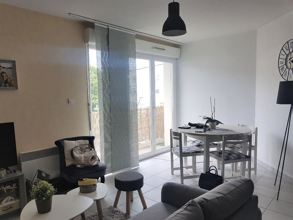 Appartement à vendre 2 53.72m2 à Pleumeur-Bodou vignette-1