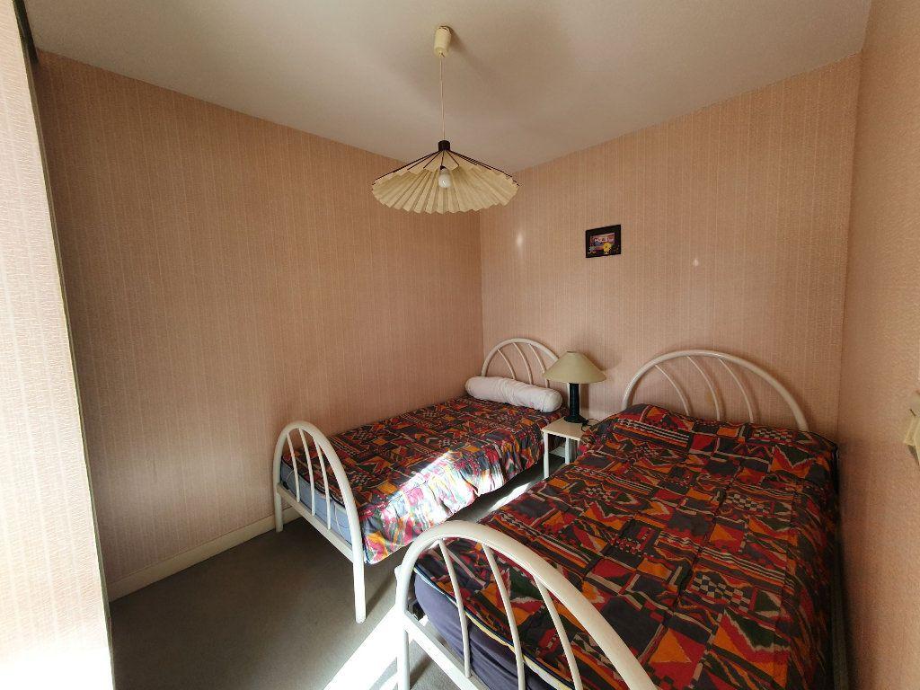 Appartement à vendre 2 28.59m2 à Perros-Guirec vignette-5