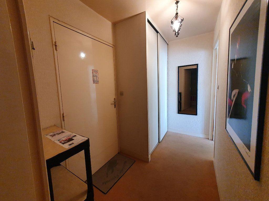 Appartement à vendre 2 28.59m2 à Perros-Guirec vignette-7