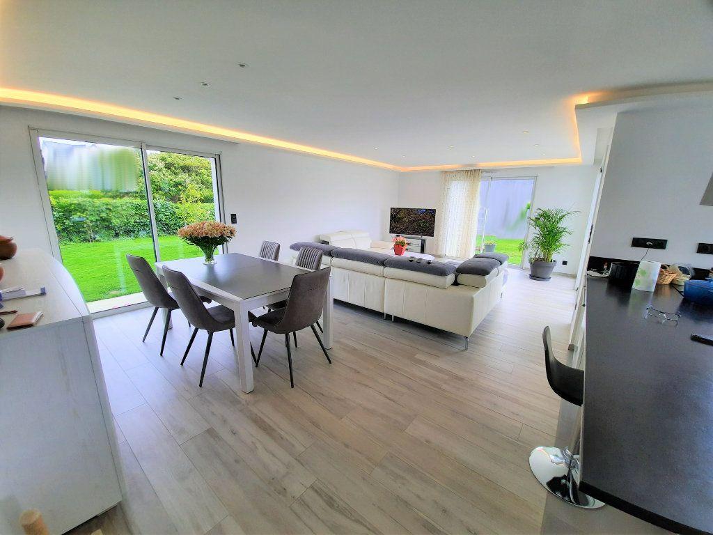 Maison à vendre 5 138m2 à Locquirec vignette-3