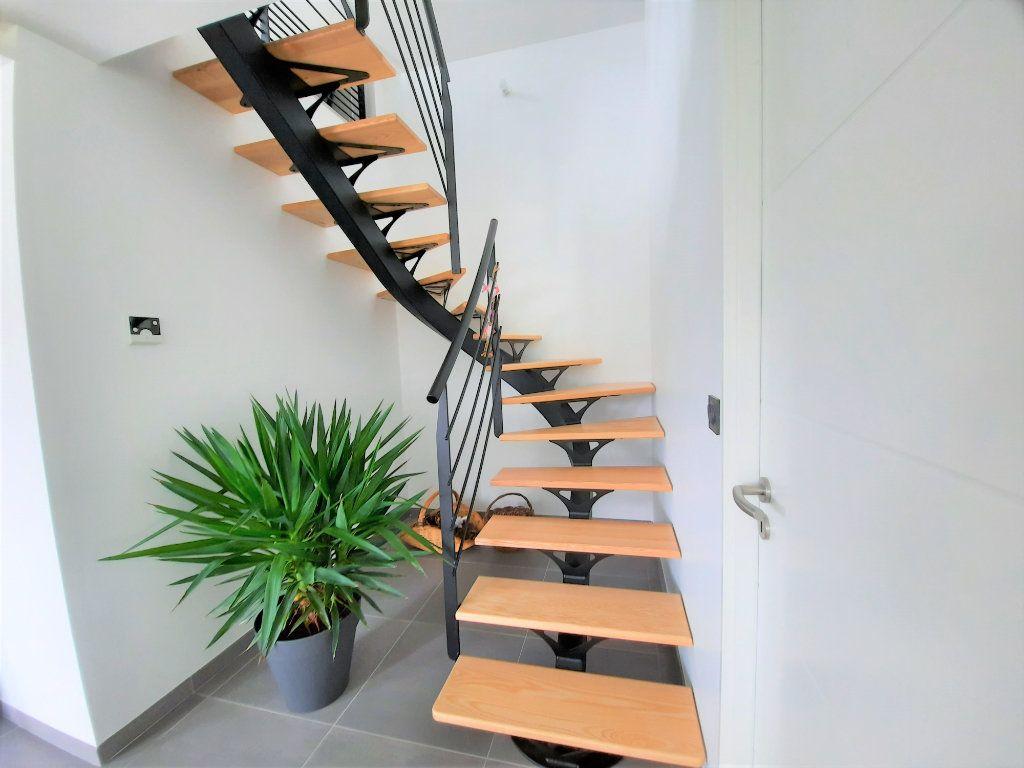 Maison à vendre 5 138m2 à Locquirec vignette-6