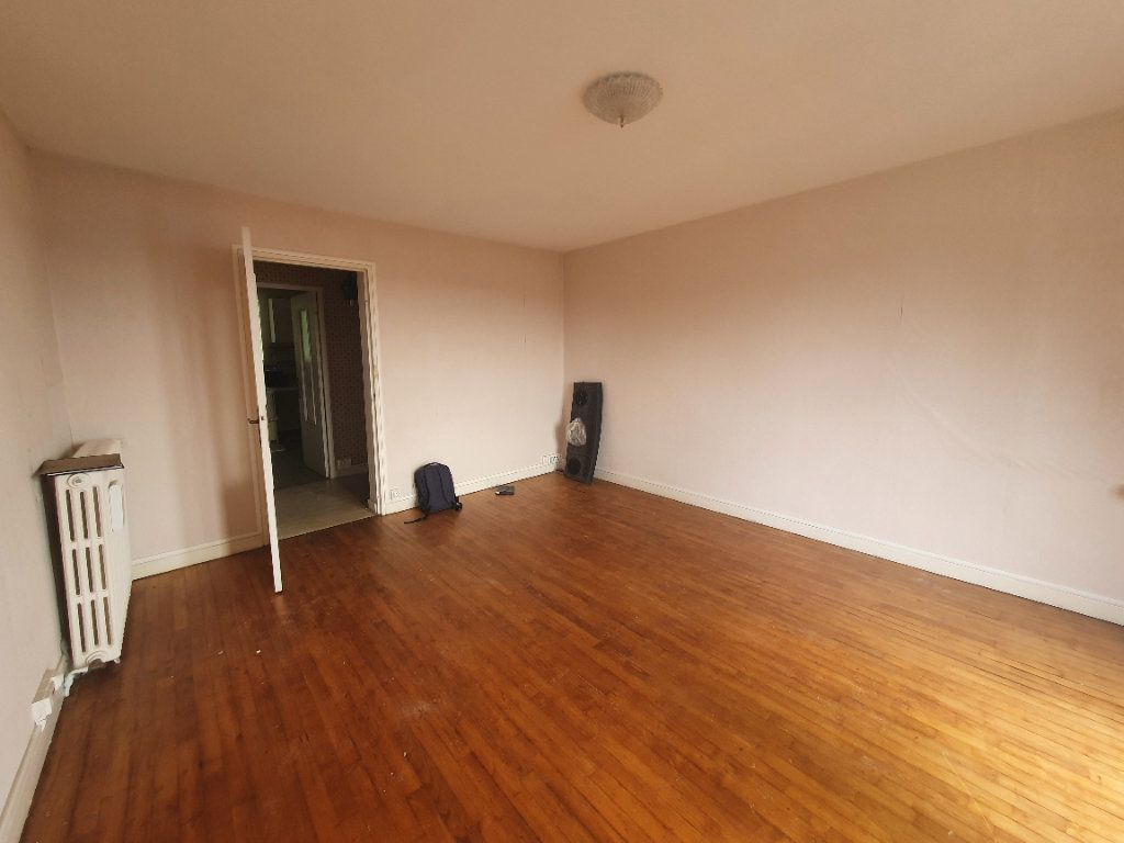 Appartement à vendre 3 70.71m2 à Perros-Guirec vignette-3
