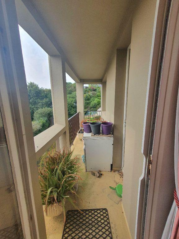Appartement à vendre 4 70.71m2 à Perros-Guirec vignette-8