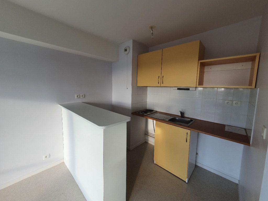 Appartement à louer 2 48.59m2 à Trébeurden vignette-7