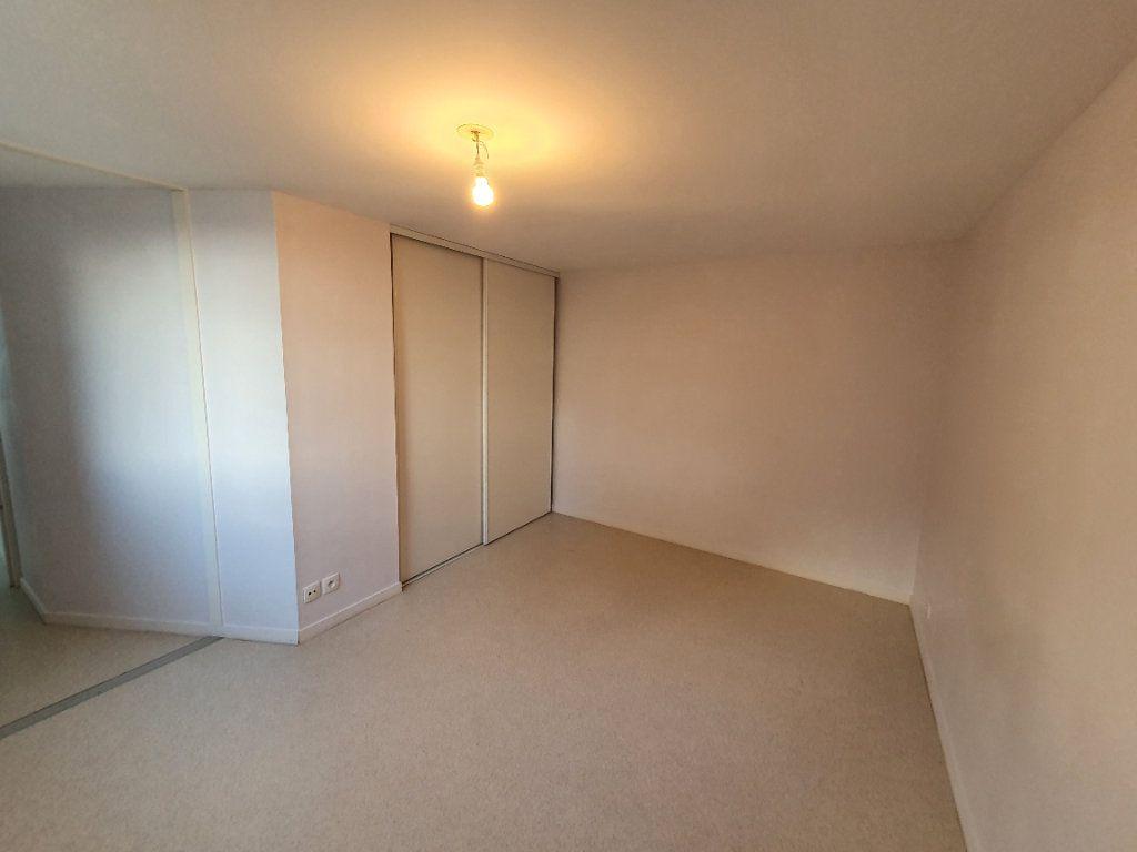 Appartement à louer 2 48.59m2 à Trébeurden vignette-12