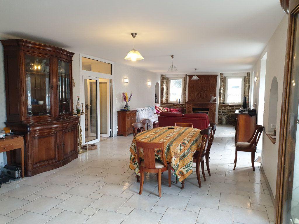 Maison à vendre 7 156.8m2 à Lannion vignette-3