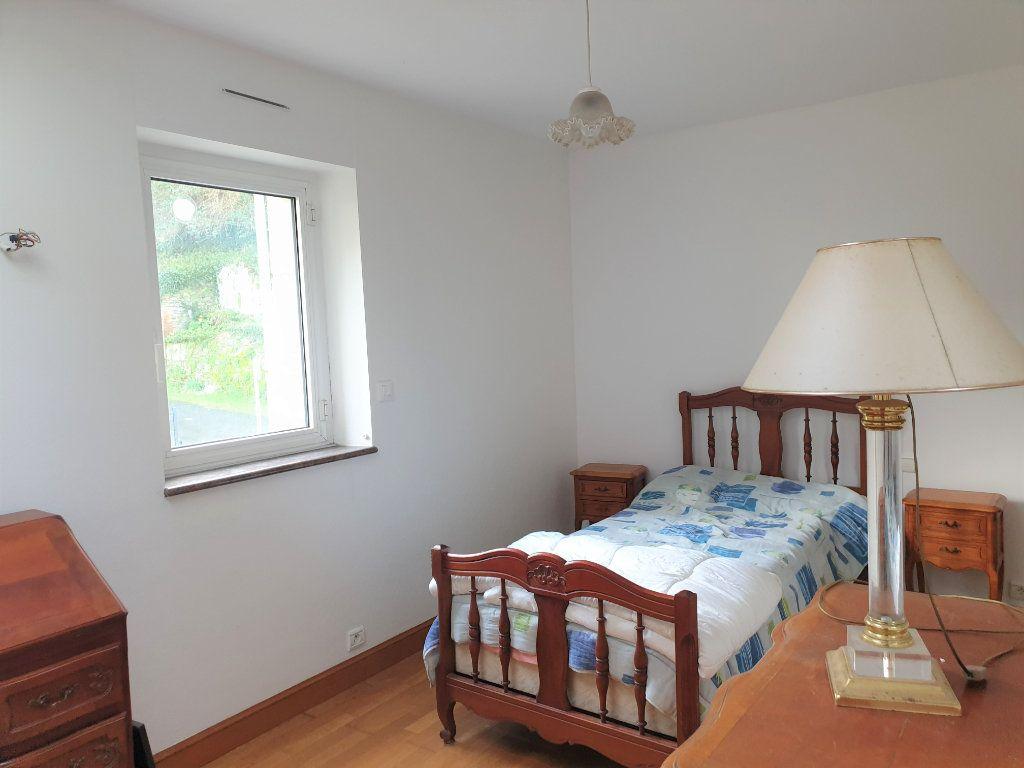 Maison à vendre 7 156.8m2 à Lannion vignette-10