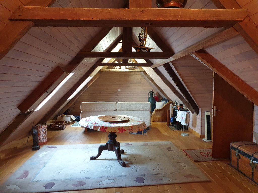 Maison à vendre 7 156.8m2 à Lannion vignette-11