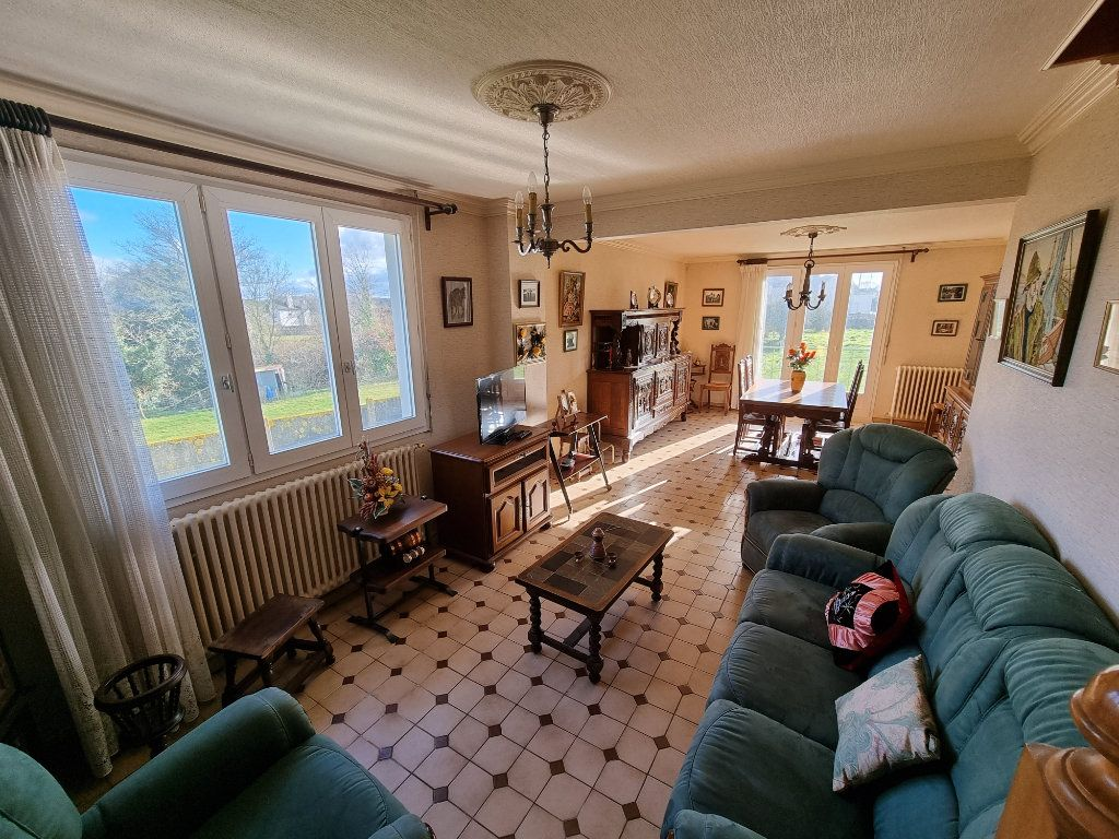 Maison à vendre 5 130m2 à Brélidy vignette-3