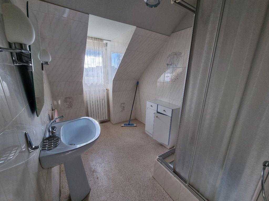Maison à vendre 5 130m2 à Brélidy vignette-10
