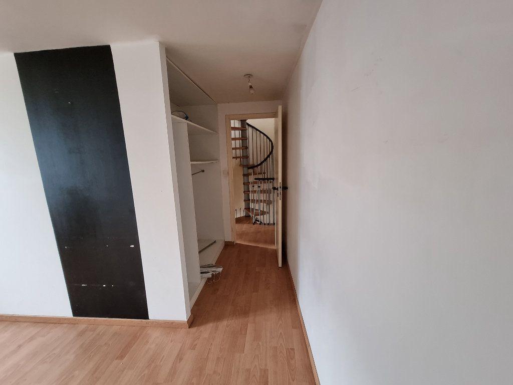 Maison à vendre 4 70m2 à Perros-Guirec vignette-5