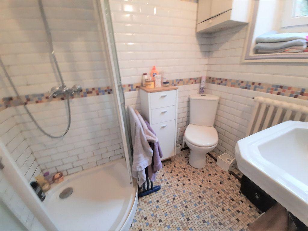 Maison à vendre 10 177m2 à Plestin-les-Grèves vignette-10