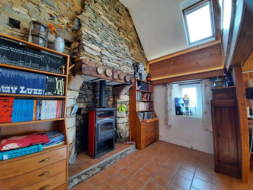 Maison à vendre 9 170m2 à Guimaëc vignette-5