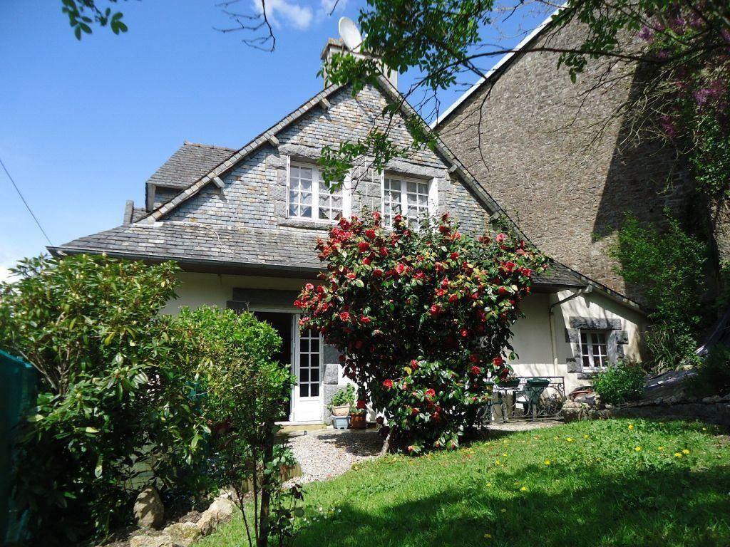 Maison à vendre 7 145m2 à Rostrenen vignette-1