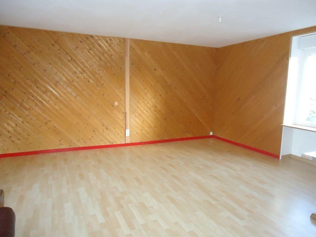 Appartement à louer 1 55m2 à Rostrenen vignette-1