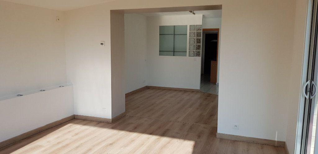 Maison à vendre 7 115m2 à Tréglamus vignette-5